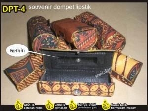 souvenir dompet tempat lipstik