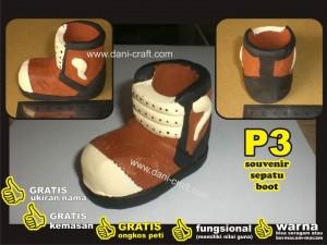 souvenir sepatu boot