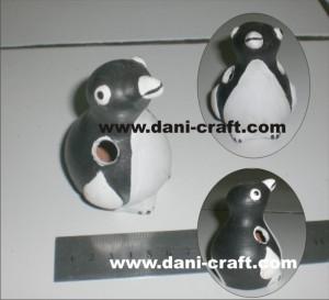 souvenir penguin tempat pensil