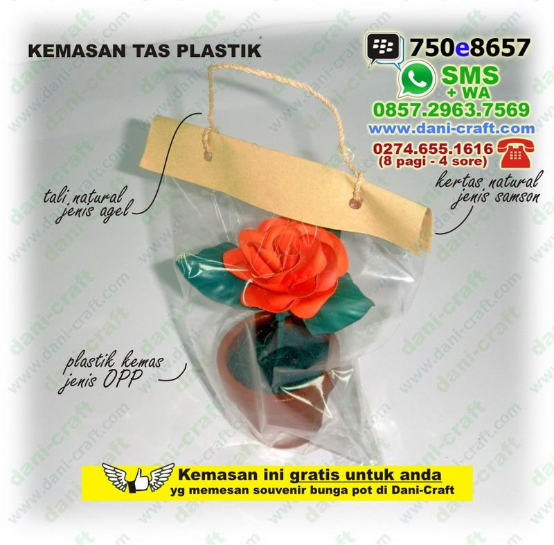 Artikel tentang Bunga Mawar Tas Plastik hanya ada di cahousekeeping