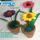 souvenir bunga pot kering