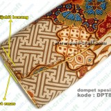 souvenir dompet batik spesial, list dijahit