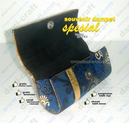 souvenir dompet spesial