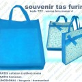souvenir tas furing puring warna biru TP2
