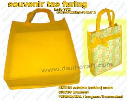 souvenir tas furing puring warna kuning TP2