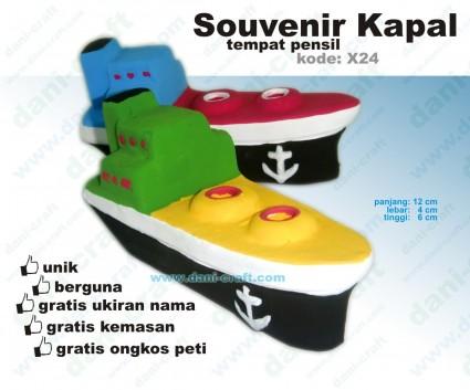 souvenir kapal souvenir kelautan pelayaran