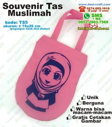 souvenir tas muslimah
