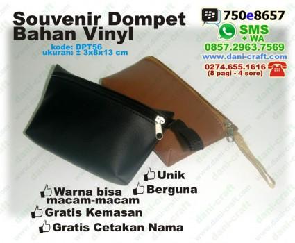dompet souvenir bahan vinyl