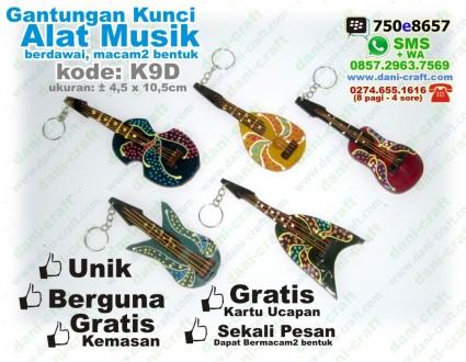 souvenir alat musik berdawai