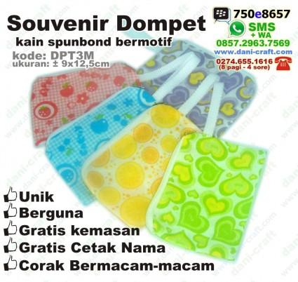 souvenir dompet spunbond furing motif DPT3M