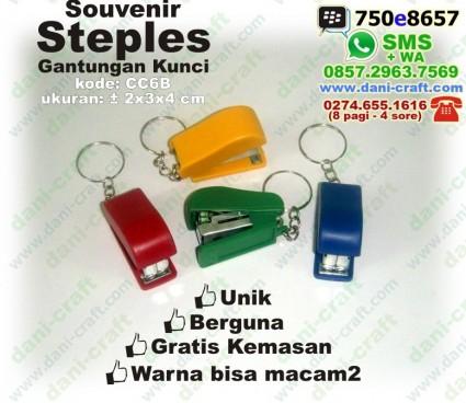 steples souvenir gantungan kunci