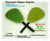 Souvenir Kipas Anyam