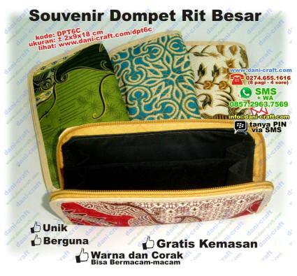 souvenir dompet resleting batik besar