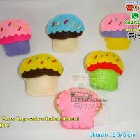 Souvenir Bros Cupcakes Bahan Flanel