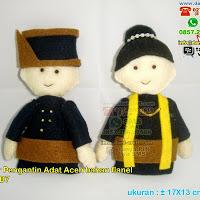 Boneka Pengantin Adat Aceh